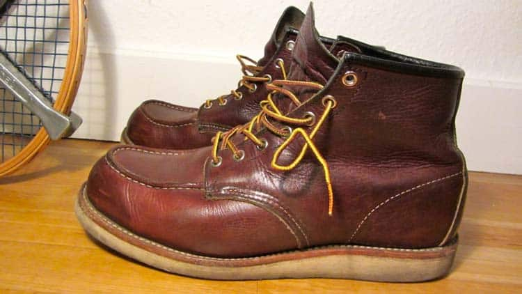 Wedge-vs-Heel-Work-Boots-for-men